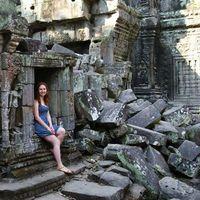 Monika Wira's Photo