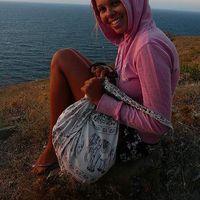 Alexandra Darvingova's Photo