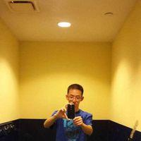 Qiwei Wang's Photo