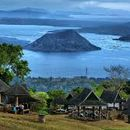 Let's hike up Taal mountain!'s picture